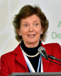 Mary Robinson (Photo: Neil Palmer, CIAT)