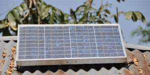 Schemes such as this provision of a solar panel, provided by Grameen Shaktri, to rural Bangladesh homes are tackling the drivers of poverty and inequality while also greening the economy (Photo: Marufish)