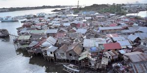 Around a billion urban dwellers live in informal settlements such as these. Without far more effective policies, their population could rise to 2 billion by 2030 (Photo: Mark Edwards)