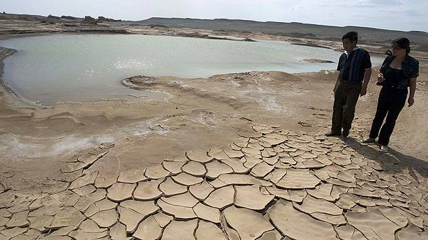 Drought affects Xinjiang Province, a consequence of climate change (Photo: Simon Lim)