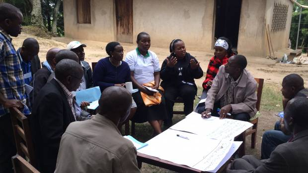 The Enhancing Equity workshop in Uganda's Bwindi Impenetrable National Park brought together government officials, local residents and conservationists. (Photo: Alessandra Guiliani/IIED)