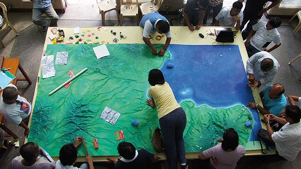Indigeonous communities join government officials, NGOs and academics to participate in a ridge-to-reef mapping workshop in Cagayan de Oro City to identify threats to the forest and environment ecosystem (Photo: Horacio Marcos C. Mordeno, MindaNews, Creative Commons via Flickr)