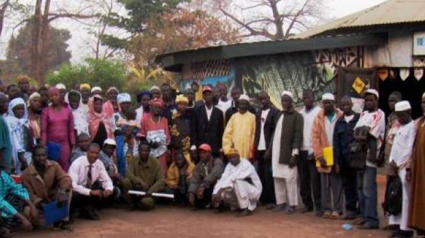 A GWI consultation with local communities in Kankan, eastern Guinea, in July 2014 looked at how to secure agricultural land tenure for those affected by the proposed Fomi dam (Photo: GWI West Africa)