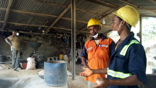 Workers at the Dakete mine, Tarkwa Region, Ghana (Photo: Gabriela Flores)