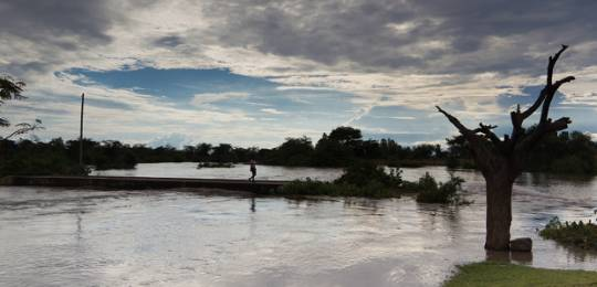 This culvert, constructed to allow villagers to cross the River Mahenya, Kenya, proves insufficient at times of extreme rainfall. Kenya is one of the pilot countries for TAMD which aims to improve the way climate adaptation is assessed (Photo: Robin Wyatt)