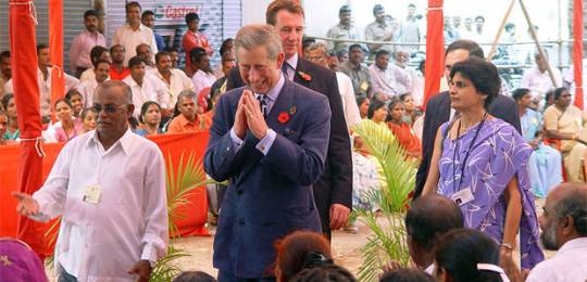 Jockin Arputham, who has been nominated for the Nobel Peace Prize 2014, gives HRH Prince Charles an insight into urban development issues and a tour of Dharavi (Photo: SPARC)