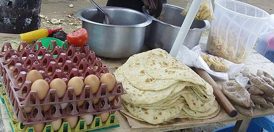 The range of food offered by street vendors in Fort Portal such as Muganda (Photo: Kabarole Research and Resource Centre)