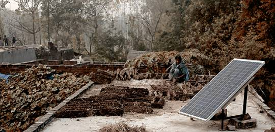Solar projects such as this by Indian solar company Mera Gao Power have been made possible by crowdfunding by companies such as SunFunder