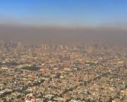"""In 1992 the United Nations called Mexico City """"the most polluted city on the planet"""". City authorities took radical steps to cut pollution, but Mexico City still has smog and is increasingly vulnerable to climate change (Photo: Fidel Gonzalez, Creative Commons via Wikimedia)"""