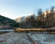 Squamish river, Canada. Under Stephen Harper, Canada has lagged behind the rest of the world in combating climate change; will new Prime Minister Justin Trudeau make a difference? (Photo: James Wheeler, Creative Commons, via Flickr)