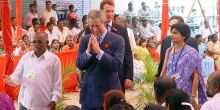 Jockin Arputham, once an itinerant carpenter who slept outside, gives HRH Prince Charles an insight into urban development issues and a tour of Dharavi (Photo: SPARC)