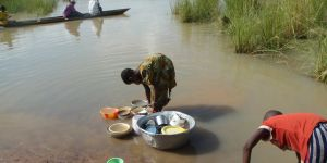 Example of multiple use of a water source in the Black Volta basin at Bagri Zongo - Ghana