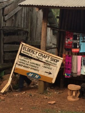 A typical craft shop (Photo: Dilys Roe/IIED)