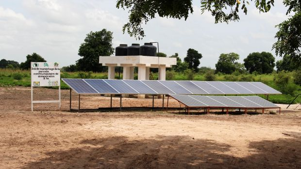 This climate change project in a village in Senegal established a borehole and solar panels to improve water access during the dry season (Photo: Dansira Dembele/CCAFS, Creative Commons via Flickr)