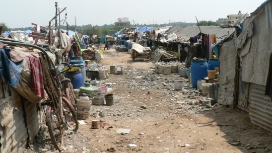 A view of the migrant informal community of Marathahalli, Bengaluru