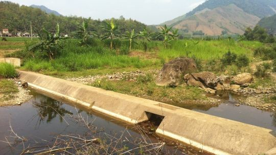 Conference delegates visited an irrigation project in Thanh Hoa province