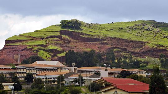 Cutting down trees, especially for livestock grazing, can lead to soil erosion, as seen on this hillside outside Addis Ababa (Photo: Aaron Minnick/World Resources Institute, Creative Commons via Flickr)