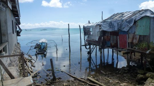 Families living within the 'No Dwelling Zone' in Guiuan in the Philippines one year after super Typhoon Haiyan (Photo: Victoria Maynard)