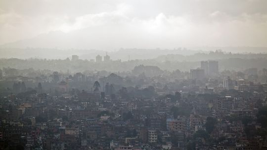 Smog over Kathamandu. Air pollution in Nepal's capital regularly breaches the World Health Organisation's safety guidelines (Kashish Das Shrestha)