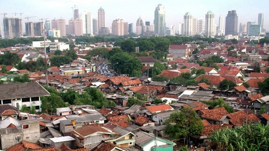 The Tanah Abang district of the Indonesian capital Jakarta has chronic traffic problems. Attempts to clear informal settlements and street vendors are frequently met with protests (Photo: Ikhlasul Amal, Creative Commons via Flickr)